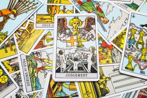 Loafer's Overview To Tarot Card Card Analysis